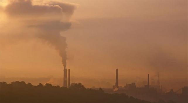 """Dakarda """"hava kirliliği"""" alarmı"""