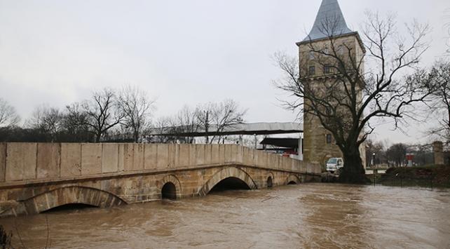 Tunca Nehrinin debisi düştü