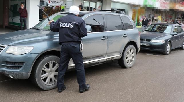 Zonguldak Emniyet Müdürü 63 polisle uygulama yaptı