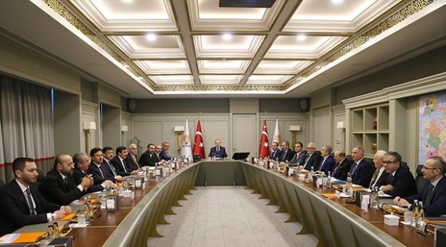 Cumhurbaşkanı Erdoğan, Uyum Komisyonu üyeleriyle bir araya geldi