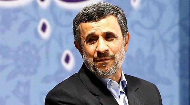 İran eski Cumhurbaşkanı Ahmedinejaddan Hamaneye eleştiri
