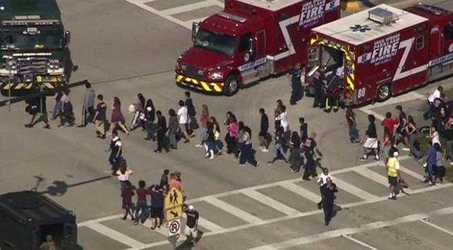 ABDde liseye silahlı saldırı: 17 ölü