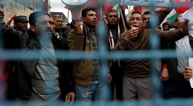 İsrailden Gazzeli tüccar ve iş adamlarına seyahat engeli