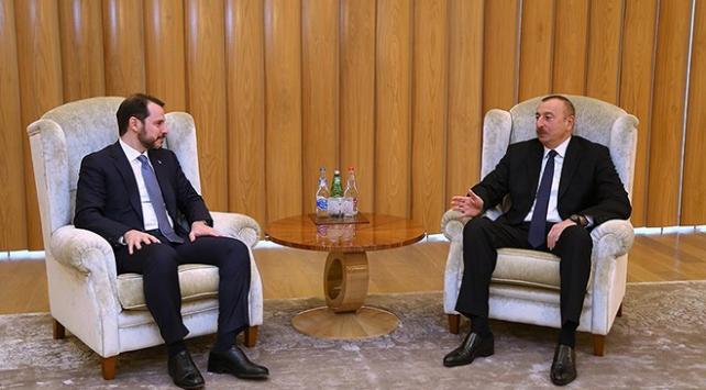 Enerji ve Tabii Kaynaklar Bakanı Berat Albayrak, Aliyevle görüştü