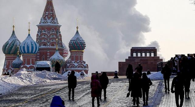 Moskovadaki elçiliklere beyaz toz içeren zarflar gönderildi