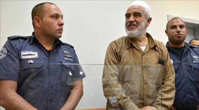 Raid Salahın hücre cezası 6 ay daha uzatıldı