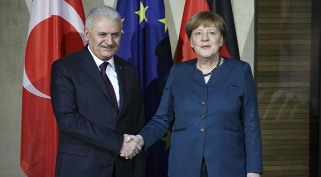 Yıldırım-Merkel görüşmesinin saati belli oldu