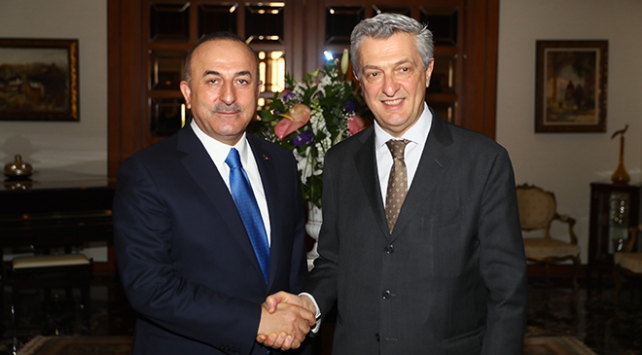 Dışişleri Bakanı Çavuşoğlu, Grandi ile göçmen ve sığınmacıları görüştü