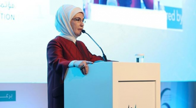 Emine Erdoğan: Tüm dünyada ezber bozan bir insani yardım faaliyeti sürdürüyoruz
