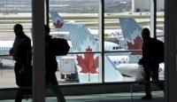 Motoru Duran Yolcu Uçağı Acil İniş Yaptı