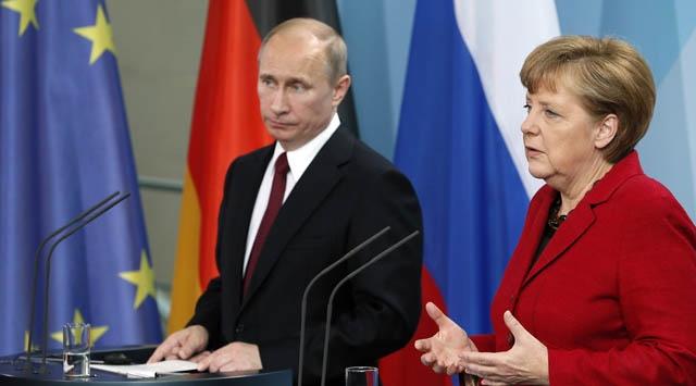 Putin ve Merkelden Suriye görüşmesi
