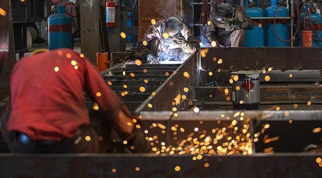 Taşeron işçilere kadroda takvim işliyor