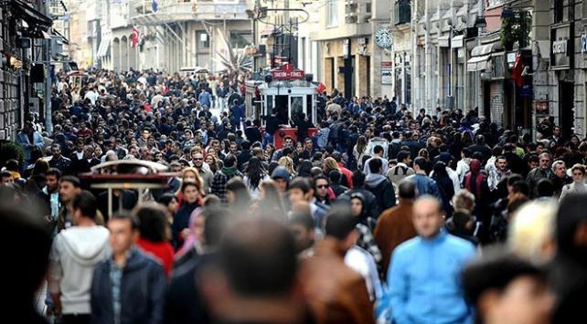 Türkiye nüfusunun 2040 yılında 100 milyonu geçmesi bekleniyor