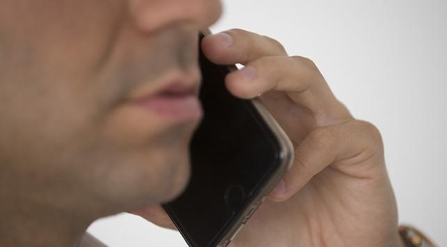 Cep telefonuyla 3 dakikadan fazla konuşmak tehlikeli