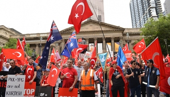 Avustralyalı Türkler, Melbournede Zeytin Dalı mitingi düzenledi