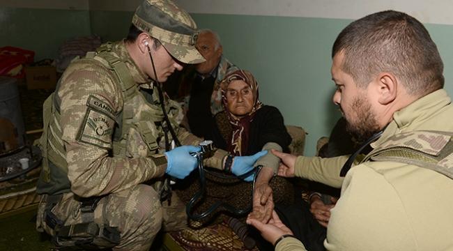 Teröristlerin depoda ellerini bağlayıp mayınla tuzakladığı köylüler konuştu