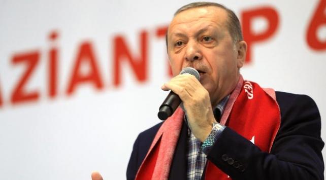 Cumhurbaşkanı Erdoğan: FETÖ darmadağın oldu milletimiz bu alçak örgütün kalemini kırdı