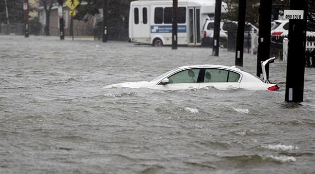 ABD fırtına ve sel felaketiyle boğuşuyor