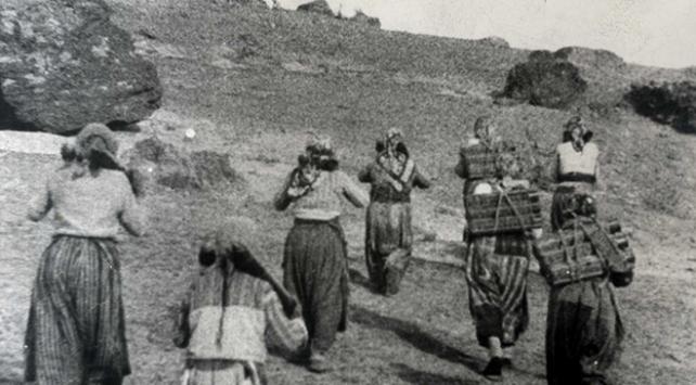 """""""Milli Mücadelede Kadınlar"""" fotoğraf sergisi"""