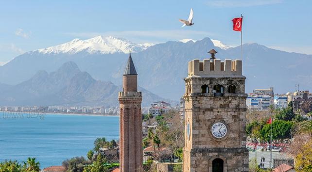 """Antalyanın geçmişe açılan kapısı """"Kaleiçi"""""""