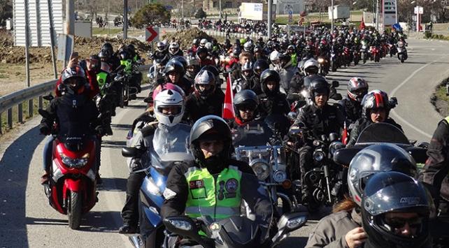 3 bin Motorcu şehitler için direksiyona geçti