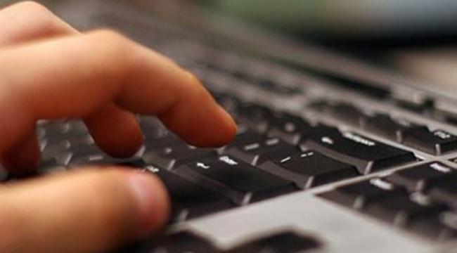 """Gençler arasında """"internet sorunu"""" artıyor"""