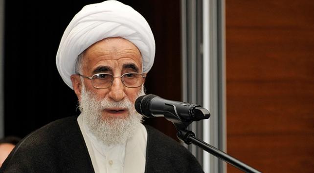 İranda Ahmed Cenneti yeniden Uzmanlar Meclisi Başkanı seçildi
