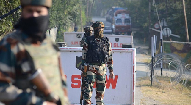 Hindistanda polise mayınlı saldırı