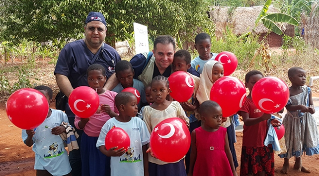 Türk doktorlar Afrikanın umudu oldu