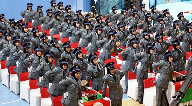 153 Afgan kadın polis mezun oldu