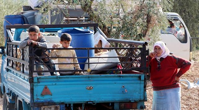 Afrinde YPG/PKK baskısı altındaki sivillerin kaçışı sürüyor