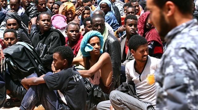 Libyadaki 16 bin göçmen ülkesine döndü