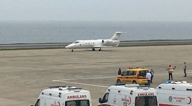 Trabzon Havalimanında alarm: Ambulans uçak, acil iniş yaptı