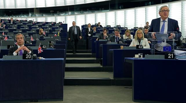 Avrupa Parlamentosunda Brexit masaya yatırıldı