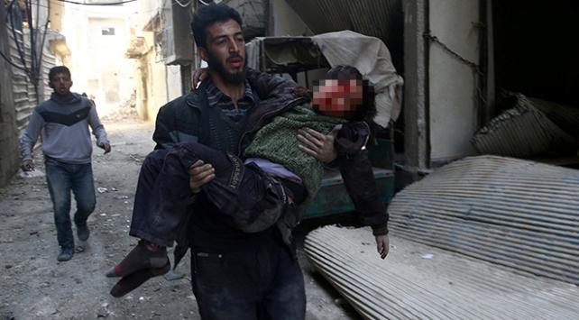 Esed rejimi Suriyede sivilleri hedef almaya devam ediyor