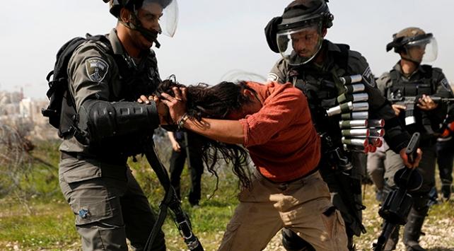 İsrail Filistinlilerin topraklarına zorla el koyuyor