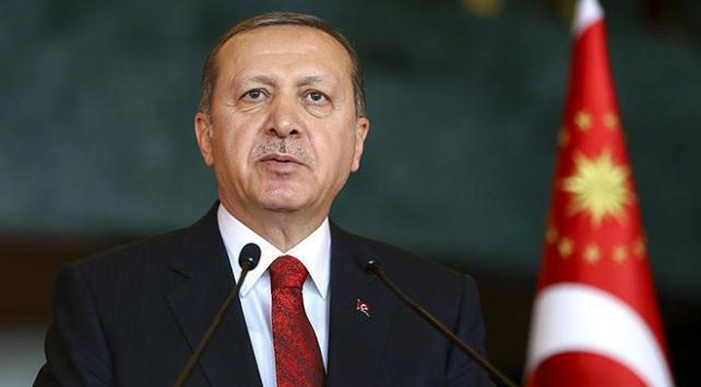 """Cumhurbaşkanı Erdoğana KKTCde """"Yılın Devlet Adamı"""" ödülü"""