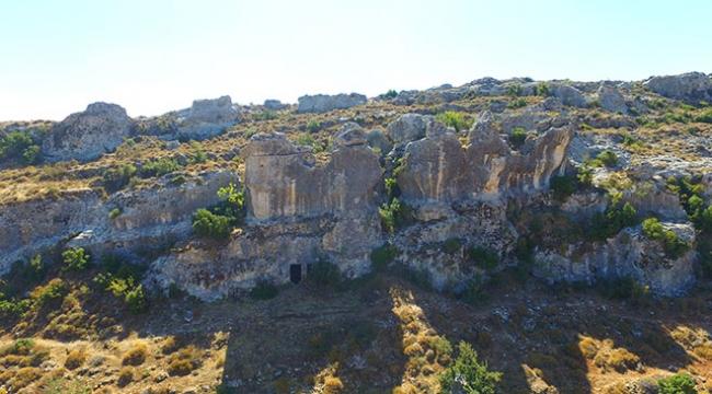 Hatayda bulunan Roma dönemi kaya mezarları turizme kazandırılacak