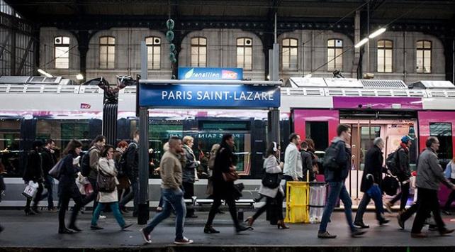 Fransada grev dalgası başlıyor