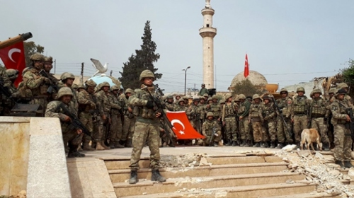 Mehmetçik Afrinde komando marşı oludu
