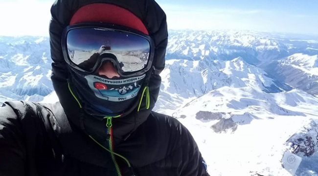 Bursalı dağcı, eksi 40 derecede Avrupanın zirvesine tırmandı