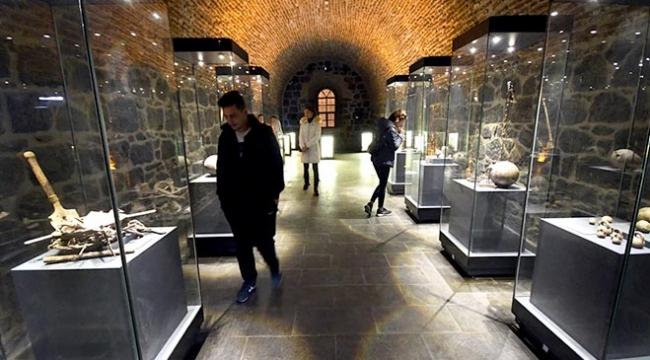 Karstaki interaktif müzeye ziyaretçi akını