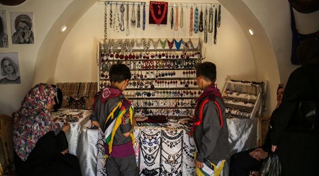 Gazzede Filistin kültürüne ait ürünler sergileniyor