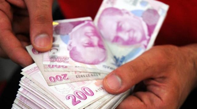 643 milyon TL'yi zimmetine geçiren eski polise gözaltı