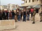 Afrin halkı 18 teröristi Türk askerine teslim etti