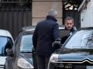 Gözaltına alınan Sarkozy'nin sorgusu sürüyor