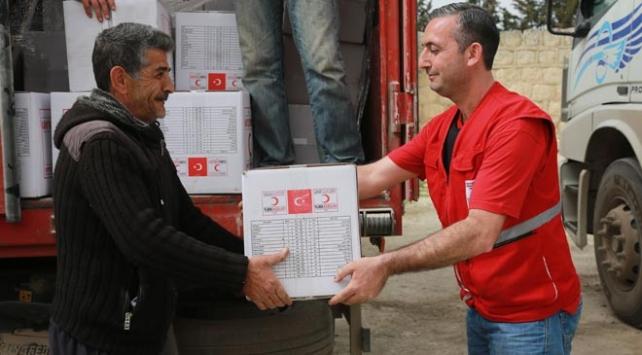 Türk Kızılayı, Afrin kırsalında yardım dağıttı