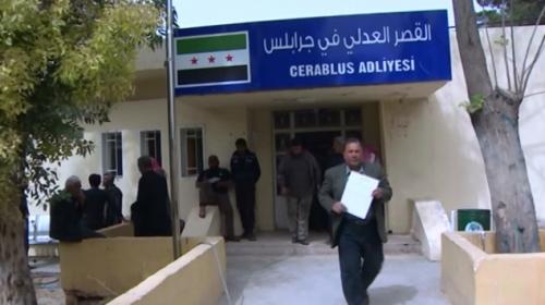 DEAŞtan kaçan Suriyeliler eve döndü, esnaf kepenk açtı