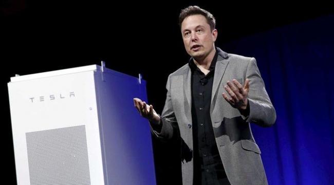 """Elon Musktan """"Facebooku Sil"""" kampanyasına destek"""