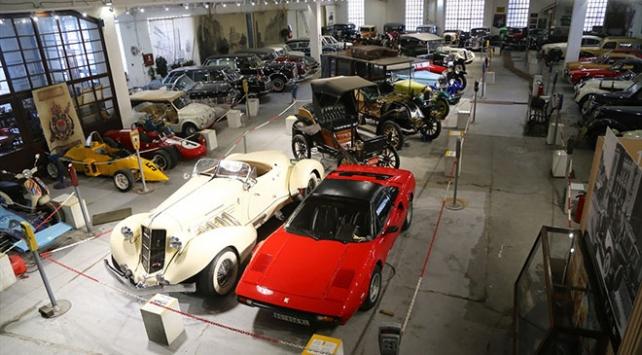 Klasik Otomobil Müzesinde tarihe yolculuk